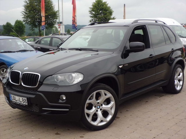 BMW - X5 3.0d Panoramadach / Xenon / Navi  - Fahrzeug Nr.: 1511